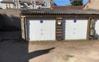 Nevers centre-ville .Lot de 2 garages.